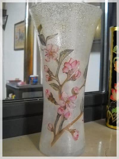Découpage di un vaso con ramo di ciliegio | Découpage