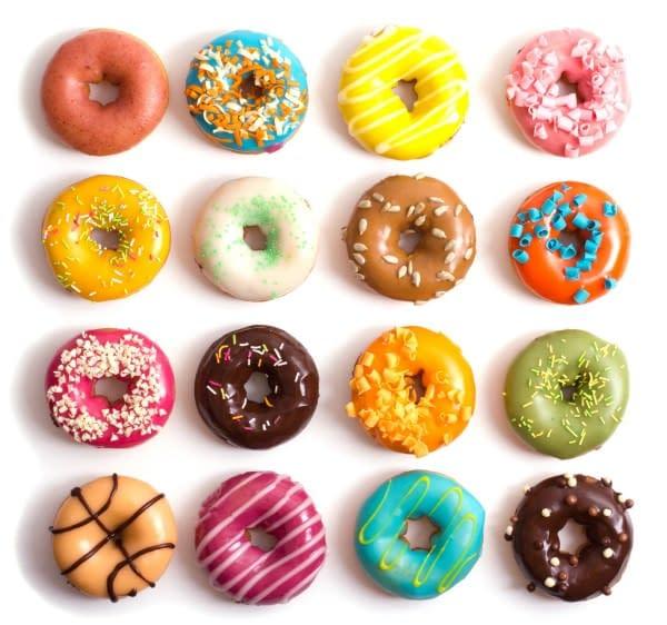 Elegante muro di ciambelle (donuts) per il tuo matrimonio