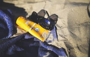 Come sapere se la crema per la protezione solare è scaduta