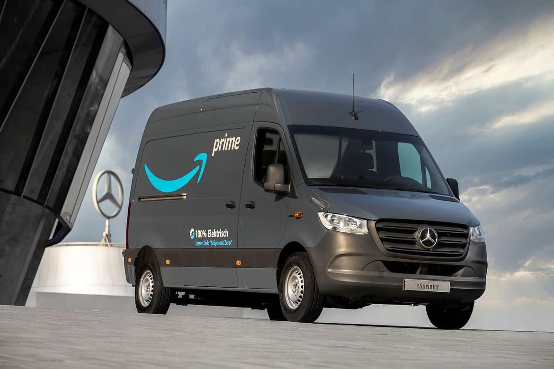 Amazon consegna a Mercedes-Benz il suo più grande ordine di veicoli elettrici fino ad oggi