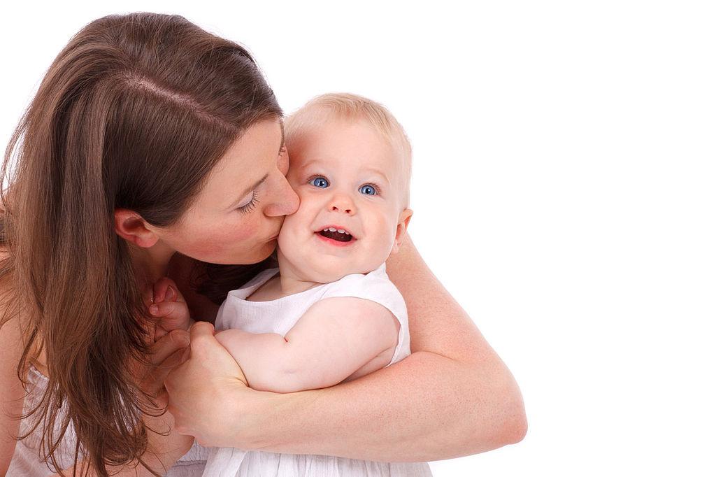 Fecondazione eterologa: mamme over 40 in aumento in Italia